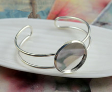 High Quality 20mm Bright Silver Plated Bangle Base Bracelet Blank Findings Tray Bezel Setting Cabochon Cameo (L1-21)(China)
