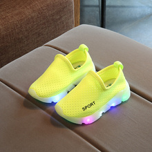 New Spring Autumn Kids Led Shoes Fashion Glowing Sneakers For Girls Boys Mesh Children Shoes Led Luminous Shoes Boys Sneakers