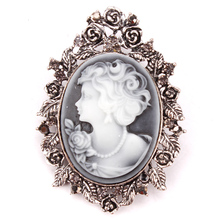 Factory direct sale vintage retro style cameo brooch pins encrusted with leaf and crystal for women(China)
