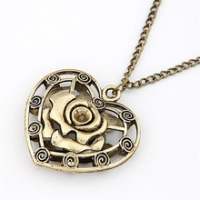 2017 New Pattern High Quality Long Statement Necklace Bronze Zinc Alloy Hollow Carving Rose Heart Pendants Vintage Sweater Chain
