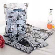100pcs/lot Black Newspaper Style Plastic Handle Gift Bags15x20cm Wedding Gift Plastic Packaging Bags White With Handle Z013(China)
