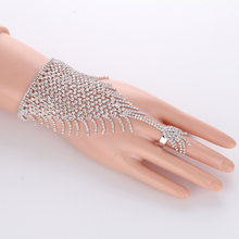 Slave Silver Hand Crystal Chain Ring Bridal Bracelet Bangle Rhinestone Hand Decoration Wedding Cuff Attached Ring Set Gold(China)
