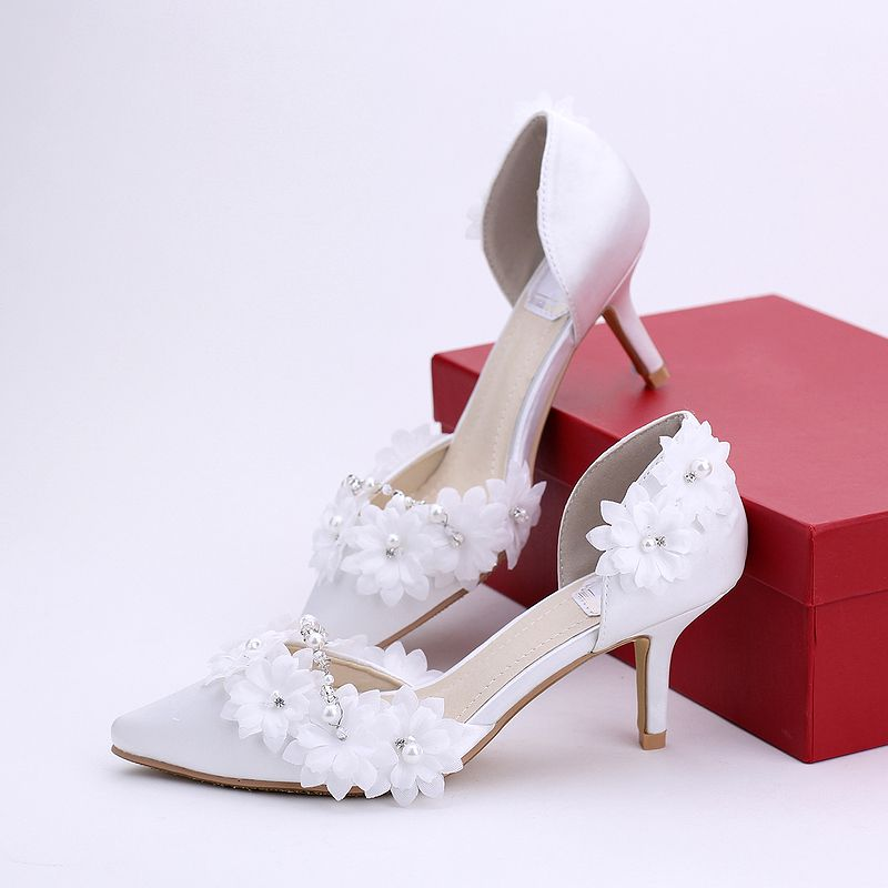 New arrival white flowers pumps shoes for woman side open sexy pointed toes thin heeled ladies white wedding shoes TG846<br><br>Aliexpress