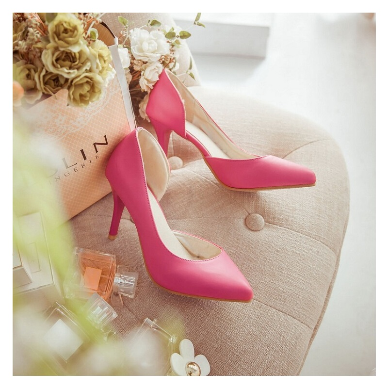 2017 spring new sweet kitten heels pointed fine with simple nude color heels summer women medium heels shoes woman transparent<br><br>Aliexpress