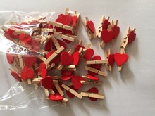 100pcs Red Heart Wooden Photo Paper Pegs Pin Clothespin Craft Clips Wood Clips for Thanksgiving Party Home Decoration Gift Favor