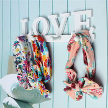 Wooden LOVE Hanger 4 Hooks on the Wall Bathroom Door Hanger Hooks for Key Clothes Bag Holder porta chave parede