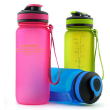 Four Color Available Plastic Water Bottle Portable Sport Kettle Shaker Bottle 650ml or 1000ml Tritan Material  BPA Free SH32