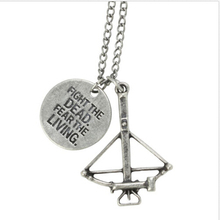 NEW Fashion The Walking Dead Daryl Crossbow Pendant Necklace FEAR THE LIVING gift
