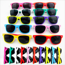 48pack Customize 80s Theme Party Supplies Decorations Retor Sunglasses Neon Party Favor Sunglasses Beach Party Supplies(China)