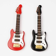 1pc Miniature Dollhouse Mini Toy Electric Guitar Wooden Doll House Dollhouse Miniatures 1:12 Accessories Red Or Black guitar toy