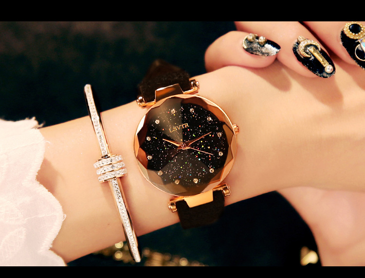 18 Luxury Brand Gogoey Women Watches Personality romantic starry sky Wrist Watch Leather Rhinestone Designer Ladies Red Clock 18