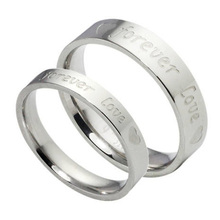 1 pcs 2016 New Fashion silver plated rings wedding Love Forever commitment couple ring lovers jewelry(China)