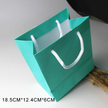 Jewelry boxes bags need to be taken before you because of the large shipments for enquiry service is available