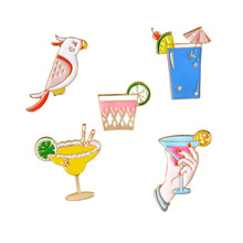 Parrot Holiday Beach Party Drinks Lemon Cocktail Cartoon Fashion Brooch Pins Button Pin Denim Jacket Pin Badge Gift Jewelry