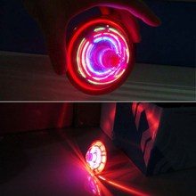 Light-Up Toys Laser Color Flash LED Lighting Music Spinner Spinning Fantastic Effect Party Kids Child Toy Sound Gyro Peg-Top