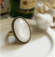 R151 Latest Fashion Foreign Trade Of The Original Single Retro Geometric Oval Ring Hollow Flower White Jewelry Factory Direct
