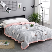 Fashion Cartoon Printing Thin Summer Quilts Twins Large Cotton Fabric Air Conditioning Quilted Bedding Bed Blanket / Throwing