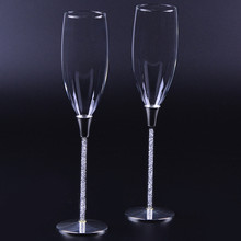 Top quality creative gift fashion crystal diamond wedding glasses cup champagne red wine hotel home party decor Toasting Goblet