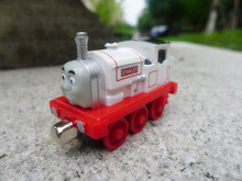 TT03-- Learning Curve Thomas & Friends Take N Play Metal Diecast Vehicle Stanley Toy Train Car New Loose(China)
