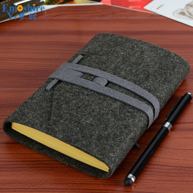 Soft Surface Hardcover Book Diary Notebook Notepad Felt Loose-leaf European Retro Traveler Notebook for Birthday Present N078<br>