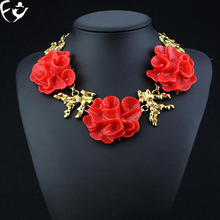 Europe and the United States New Resin Necklace Red Rose Star Magazine luxury accessories