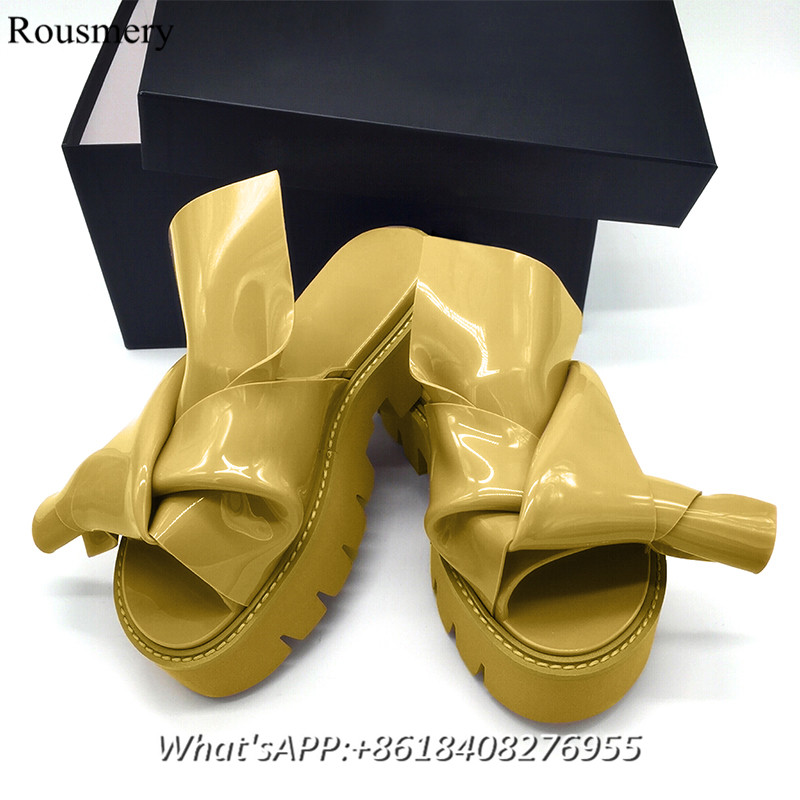 New Arrival Fashion Woman Slippers 2017 Summer Butterfly Sandals Thick sole Korean Style Wedge Heel Outdoors Summer Slippers <br><br>Aliexpress