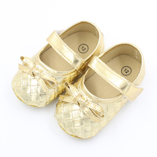 Cheap Baby Girls Moccasins Princess Shoes Gold Newborn Toddler Infant First Walkers for Girls Soft Bottom Bow