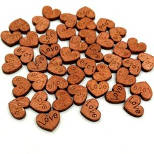 100Pcs/Pack Love Heart Wooden Buttons Table Scatter Decoration Crafts Sewing Scrapbooking Botton Home Party Decoration Gift DIY