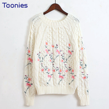 Fashion Harajuku 2017 Sweater Women Pullover Autumn Floral Knitted Sweater Long Sleeve O-Neck White Knitting Sweaters Poncho