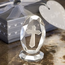 100 pcs/lot Small Wedding Favors Crystal Cross Standing Baby Christening Gifts First Communion Souvenirs(China)