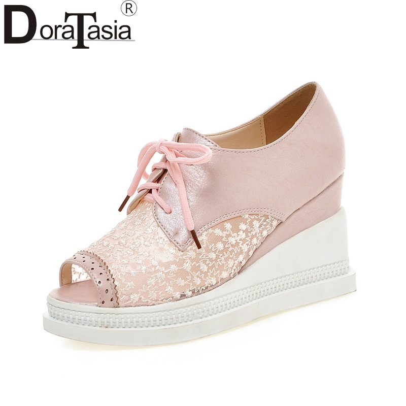 DoraTasia new design big size 32-43 brand shoes woman leisure lace upper wedge high heels peep toe casual shoes woman<br>