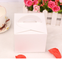 9.5*9.5*8cm Small white kraft cardboard paper mousse cake packaging box with handle carton portable gift package paper box