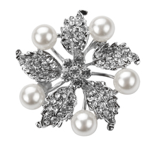 Five Leaves Star Crystal Brooch Pin encrusted with 5 faux simulated pearls for lady