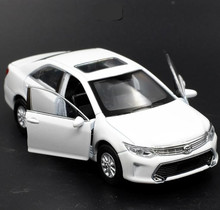 1:36 alloy pull back Toyota Camry model, high simulation 2 open door car toys, metal castings, toy vehicles, free shipping