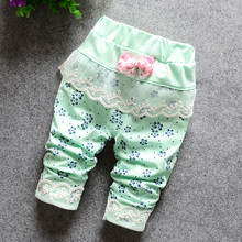 DIIMUU Baby Girl Clothes Trousers Toddler Infant Apparel Girls Clothing Lace Flower Printing Middle Pants Kids Baggy Britches
