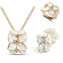free shipping necklace earrings finger ring flower fashion jewelry sets party hot popular glaze leaf czech Rhinestoneaccessories(China)