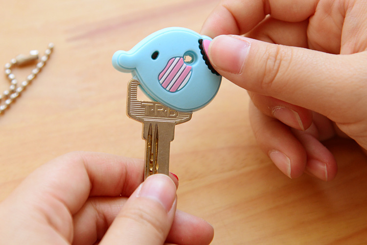 1PCS-Cute-Cartoon-Elephant-Keychain-Silicone-Stitch-Minion-Key-Cover-Key-Caps-Key-Chains-Key-Ring
