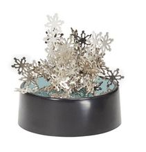 Magnetic  Sculptures Snowflake/ magentic desk art sculpture/DIY Perpetual Motion Toy/ For  Science fun/ Free shipping