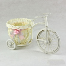 Chic 2 Size DIY Plastic White Tricycle Bike Design Flower Basket Container For Flower Plant