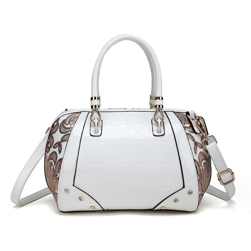 New Luxury Europe Fashion Women Bag Embroidery Sequin Patent Leather Famous Brand Shoulder Handbag Ladies Messenger bags female<br>