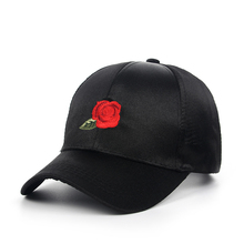 [WORSICO] Baseball Cap Women 2017 summer Rose Caps Hats for Women Snapback Hip Hop Caps Flower Embroidery Curved Black Caps