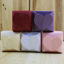 (100 pieces/lot)LEISO Brand Love Heart Candy Box DIY Party Pearl Paper Favors & Gifts Boxes for Wedding Decoration Free Shipping