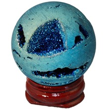 SUNYIK Light Blue Titanium Coated Druzy Agate Geode Sphere Ball Divination Reiki Healing Figurine With Wood Stand