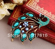 Vintage Style Antique Gold Plated Turquoise and Blue Rhinestone Crystal Peacock Brooch