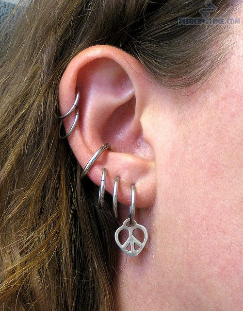 helix-conch-and-lobe-piercing-for-ladies