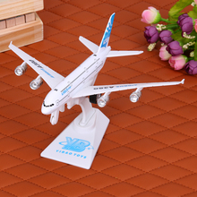 1:300 Alloy Metal Air Airlines Boeing 777 B777 Airways Plane Model Airplane Model with Stand Aircraft Crafts Gift Pull Back Toys
