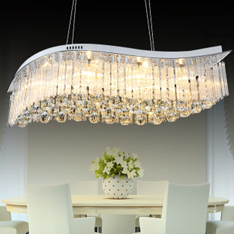 Pendant light for dining