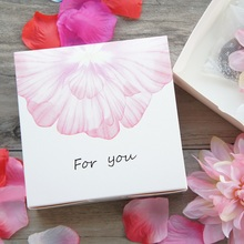 13.5*13.5*5cm 10pcs pink white flower for you design Paper Box candy Cookie valentine gift Packaging Wedding Christmas Use