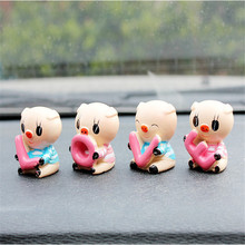 "4PCS Car Supplier ""LOVE"" Lovely PigInterior Auto Decoration Ornament Auto Resin Couple Doll Car Accessories For Gifts(China)"