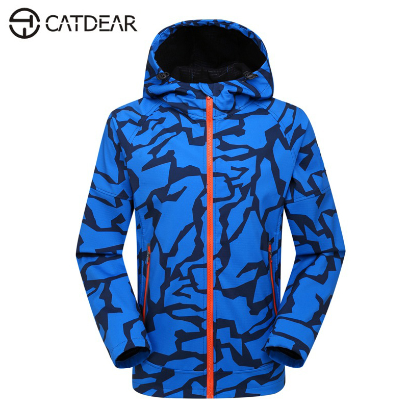 New Men Outdoor camouflage Soft shell jacket waterproof windproof Camping &amp; Hiking raincoat men Camouflage jacket <br>